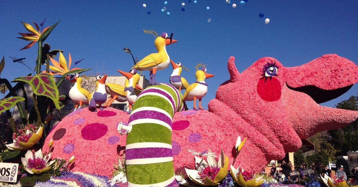 hippo-float_2